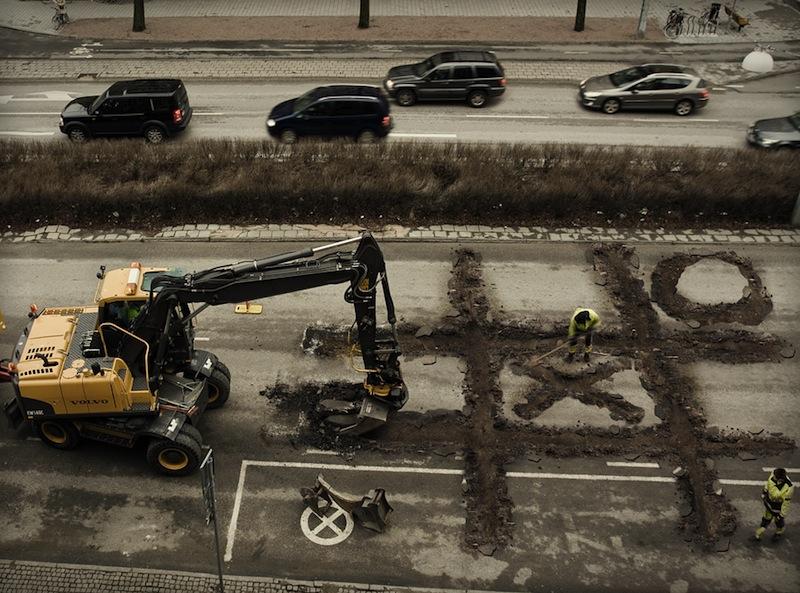 6.roadworkers-coffebreak