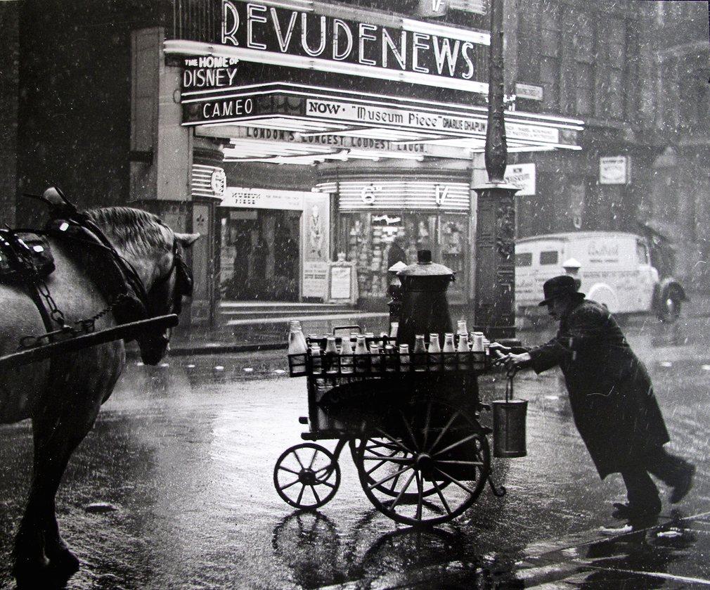 لندن، پاریس، نیویورک : قصه سه شهر در میانه قرن، به روایت عکس