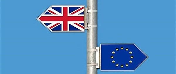 نیمنگاه؛ امپراتوری رجب در ترکیه و فرار انگلستان از اتحادیه ، بلبشو در دو طرف اروپا
