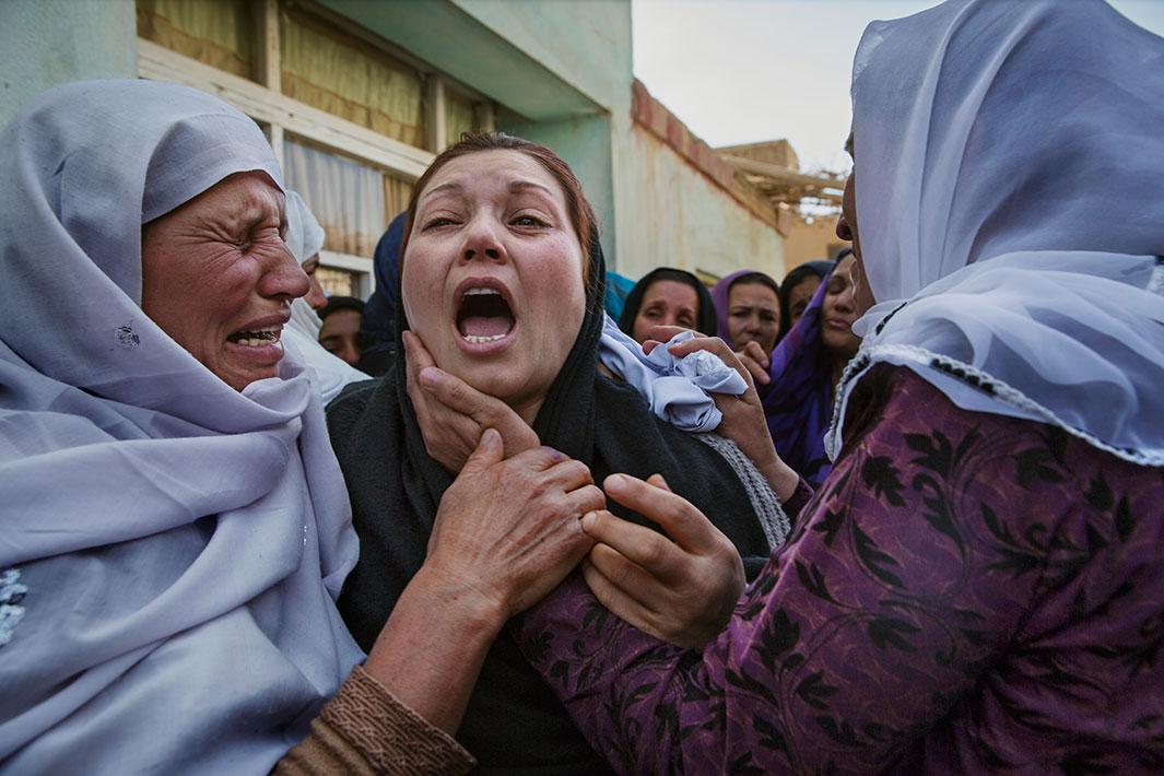 15 سال آکنده از ترس و امید در افغانستان